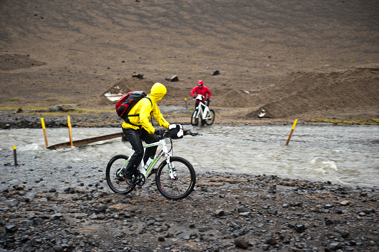 eflow, 66°North rain clothing and Ortlieb backpacks tested to be perfectly waterproof