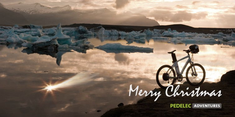happy christmas in icelandic